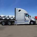 Freightliner Evolution Sleeper Tractor