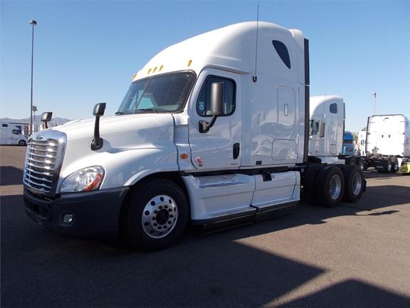 freightliner fedex trucks for autos post. Black Bedroom Furniture Sets. Home Design Ideas
